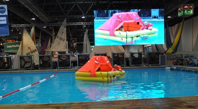 Rettungsmittel auf der boot 2016 Düsseldorf